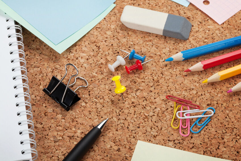 Welche Klammern und Clips eignen sich am besten fürs Büro?