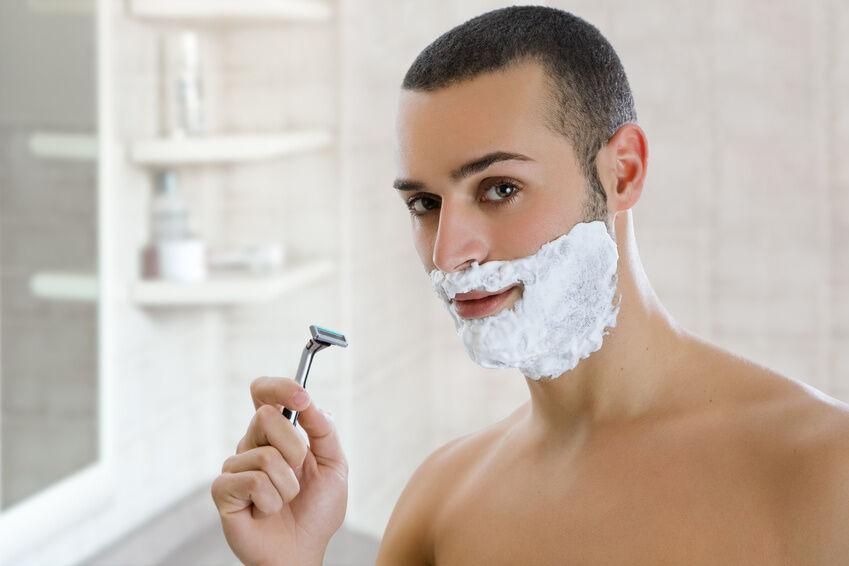 Pflegeprodukte für Nassrasierer - die passenden Begleiter zu Gillette-Rasierklingen