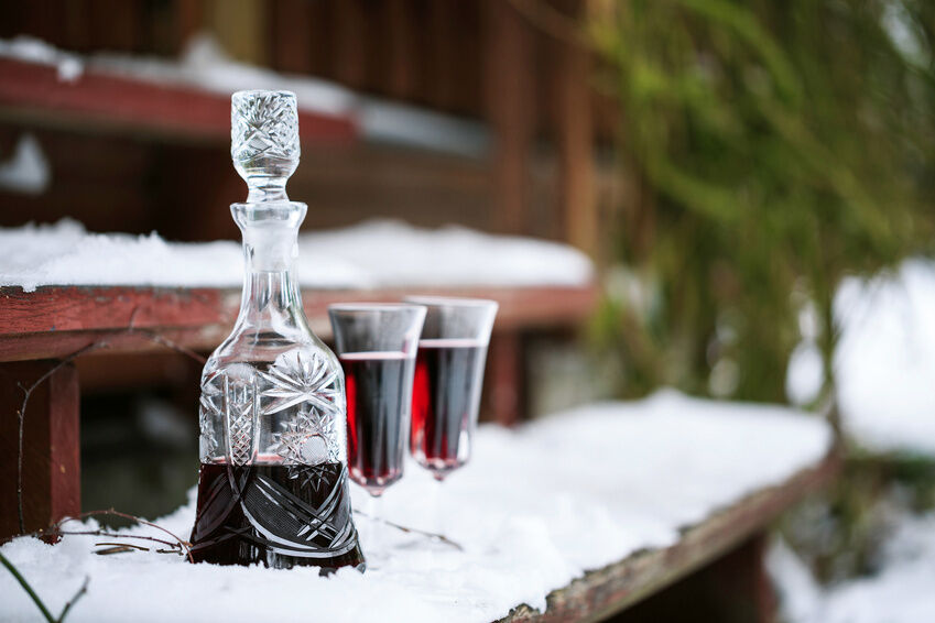 Antique Glass Decanter Buying Guide