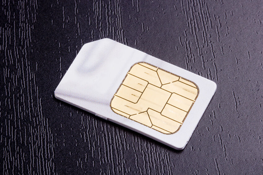 how to change sim card iphone 3