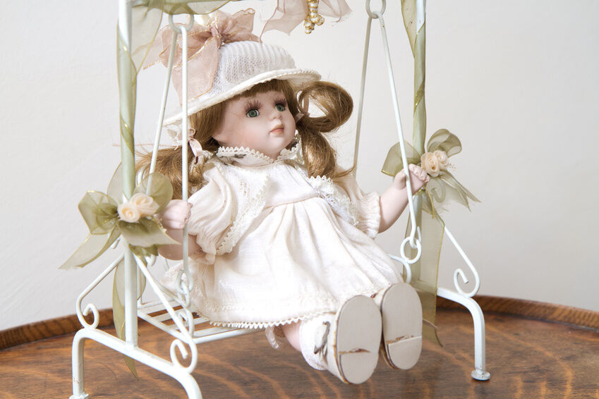 What to Look for WHen Buying Vintage Composite Dolls