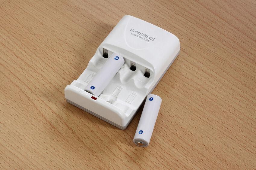 Unter Strom: Mit dem NiMh-Akku sind Ihre Geräte richtig geladen