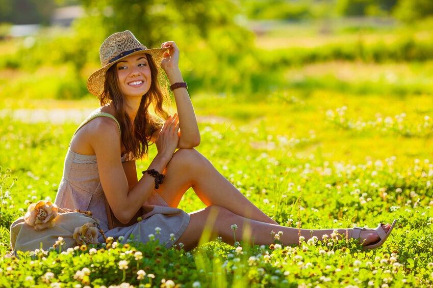 How to Dress Prettily for the Outdoors