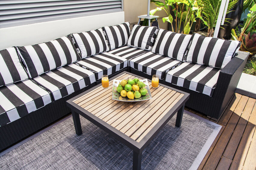 11 Tips on Furnishing Your Outdoor Patio