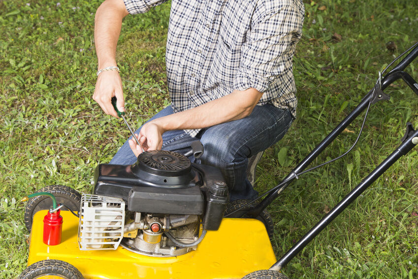 How to Replace a Lawn Mower Engine