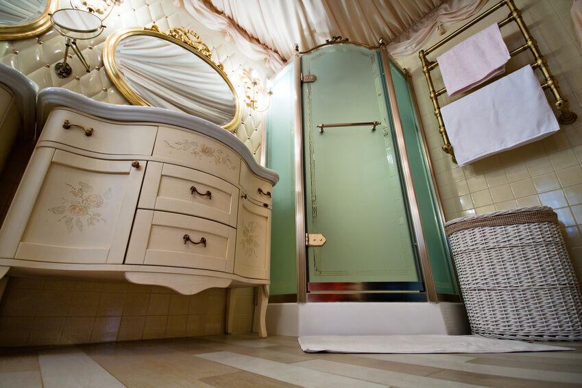 Vintage-Style für Ihr Bad: nostalgische Waschtische