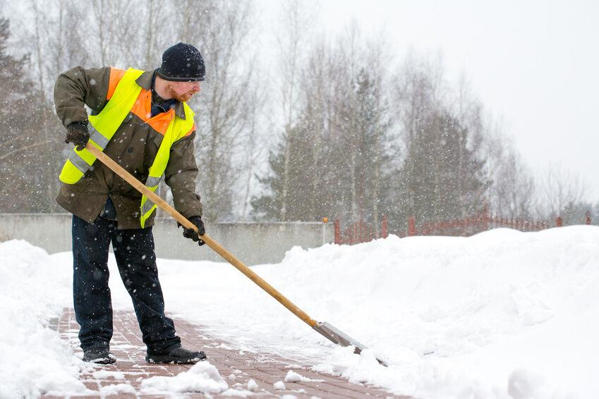 Arbeitskleidung für den Winter: Darauf sollten Sie bei der Auswahl achten