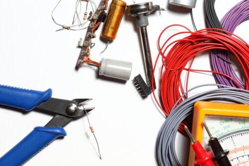 Für versierte Techniker – Elektromaterial finden