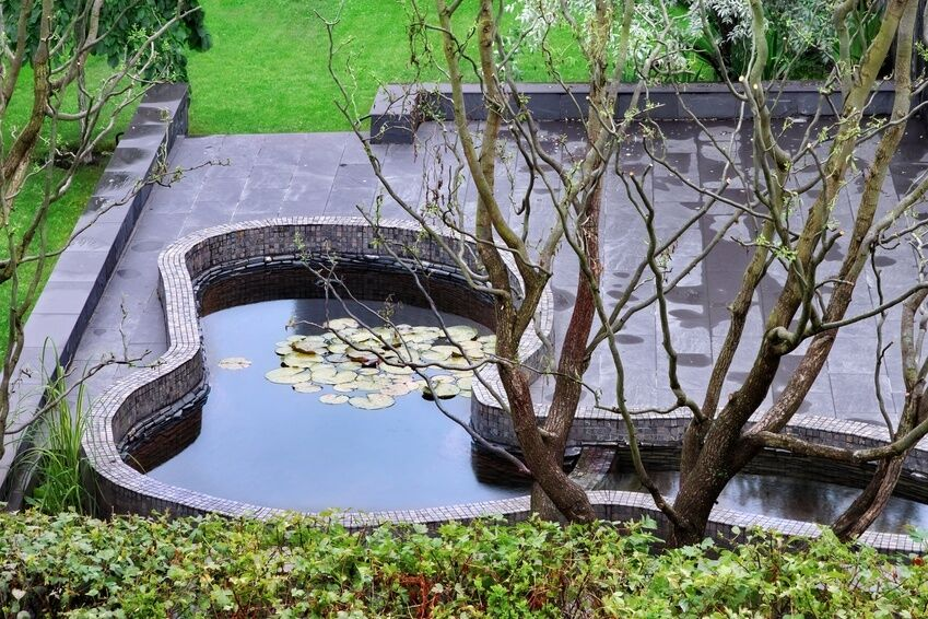 How to install a preformed pond ebay for Garden pond installers