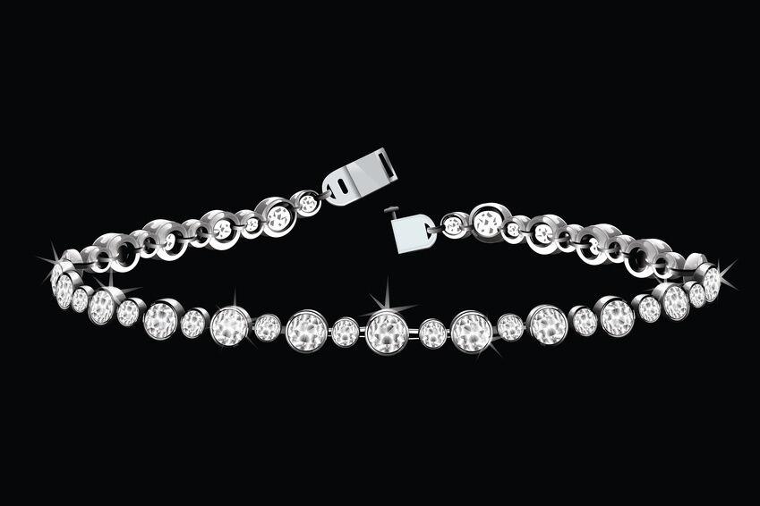 Diamond Bracelet Buying Guide