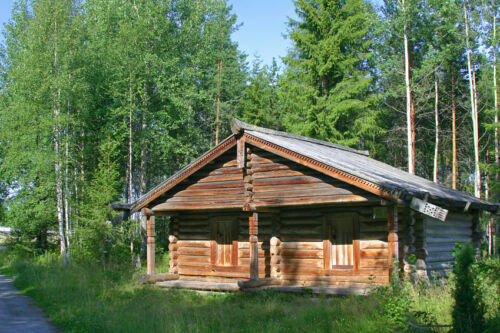5 Short Breaks in Log Cabins