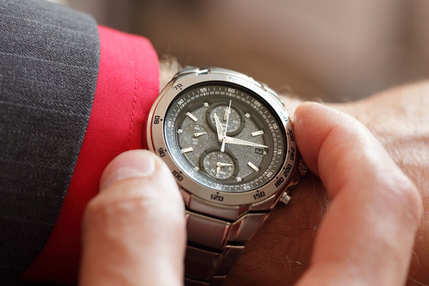 What to Wear with a Thin Watch