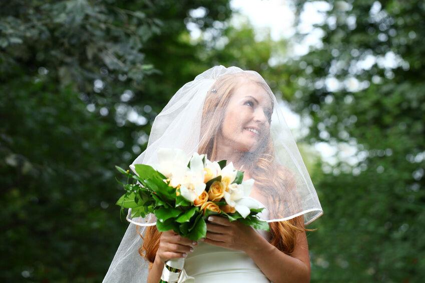 Welcher Schleier passt zu welcher Brautfrisur?