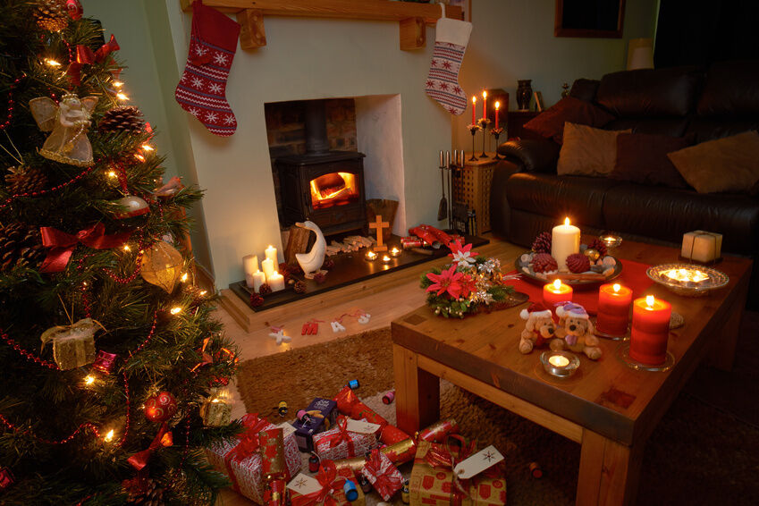 Bitte nicht wieder bunte Kugeln: fröhlicher Christmas-Schmuck für den Weihnachtsbaum