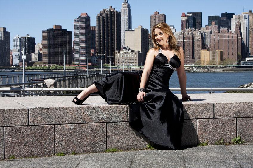 Das passende Kleid für rauschende Feste - die beliebtesten Schnitte für Festkleider