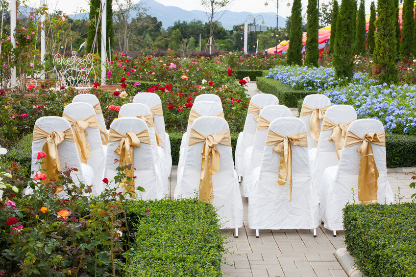 Picking the Right Chair Covers for a Wedding