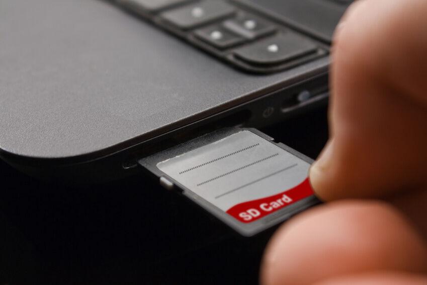 Nach welchem Prinzip funktioniert die SD 32 GB Speicherkarte?