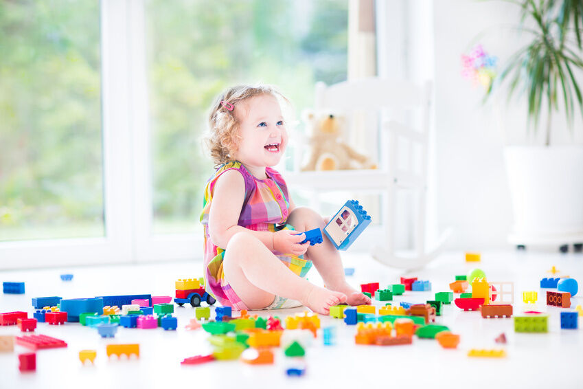How to Choose Baby Toys for the Right Age Range