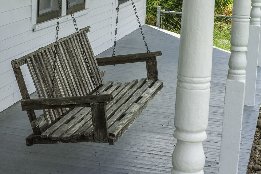 7 diy porch swing ideas - Wicker Porch Swing