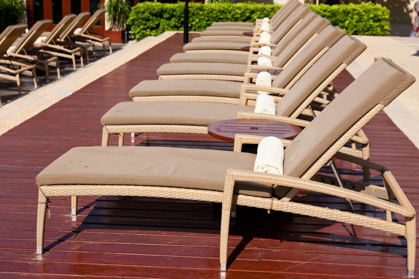 Patio chaise lounge elegant outdoor chaise lounges u for Allen roth steel patio chaise lounge