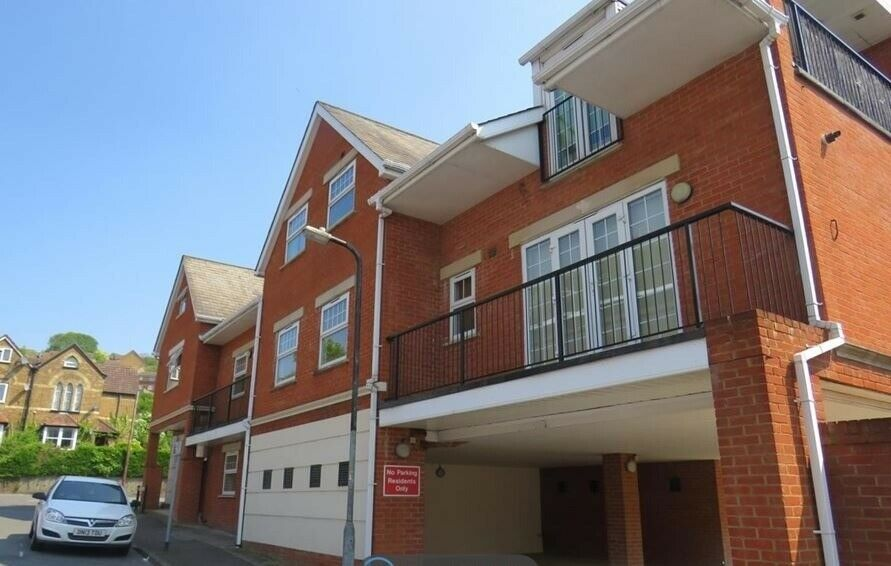 1 Bed modern Flat to rent. Victoria Street, High Wycombe ...