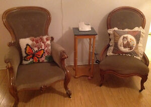 2 antique grandpa and grandma chairs. West Island Greater Montréal image 1