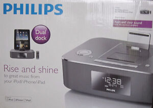 NEW IN BOX - PHILIPS DUAL DOCKING STATION  PLUS PLUS