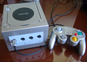 Nintendo Gamecube Silver / Platinum + Controller & Games /Tested