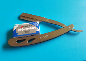 Brand NEW Straight Razor!! With New pack of replacement blades.