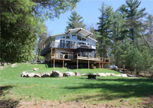 CLE's Lakefront Cottage for rent on Hurd's Lake Calabogie