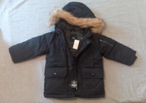 GAP warmest down fill jacket , Brand New with tag