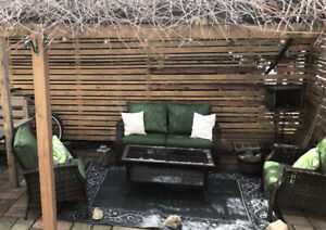 Outdoor patio furniture - like brand new