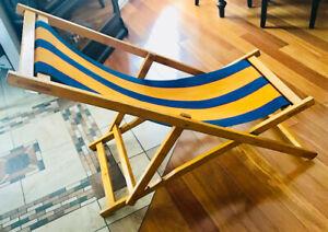 Chaise rétro en bois style transat antique