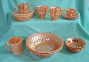 14 MORCEAUX FIRE-KING PEACH LUSTRE WARE..Lot B