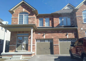 Spacious 3 bedroom house in Newmarket great area