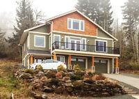 Gorgeous Custom-Built Executive Home w/Panoramic Oceanviews!!