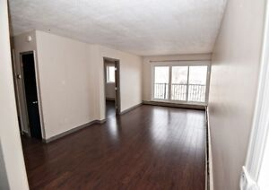 **Available Immediately** Top Floor 1 Bed + Balcony by Red Mile