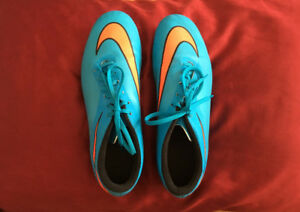 Nike HyperVenom Phelon Soccer Shoes Cleats Size 13