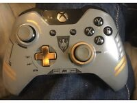 Xbox one limited edition Call of Duty control