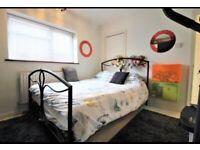 Furnished double room near Dagenham station