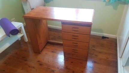 4 draw pine desk