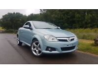 VAUXHALL TIGRA EXCLUSIVE - PERFECT FOR THE SUNSHINE