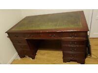 Excellent Repo Desk For Sale