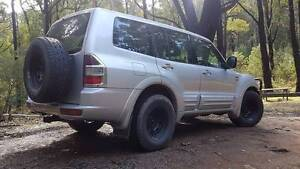 PAJERO EXCEED 4X4 7 SEATER 'TOP OF THE RANGE'