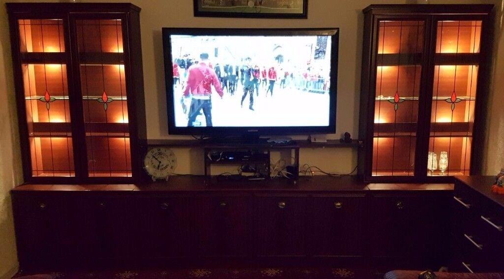 FREE Large Livingroom display and tv unit