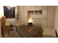 Double room Ready to move (Mattress included) All bills included