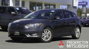 2016 Ford Focus TITANIUM! HEATED LEATHER! SUNROOF! NAV!