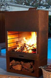 Rustic Wood BBQ & Fireplace