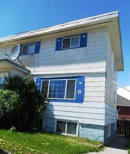 #105 - 3 Bedroom Upper Level Duplex in Sexsmith$800 Avail. NOW