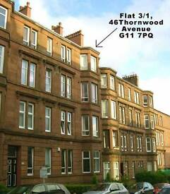 Spacious, sunny, top floor tenement flat to rent in Glasgow West end